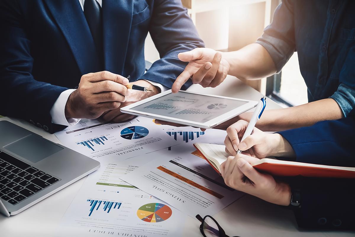 Aprende a integrar los equipos de marketing y ventas para alcanzar tus objetivos empresariales